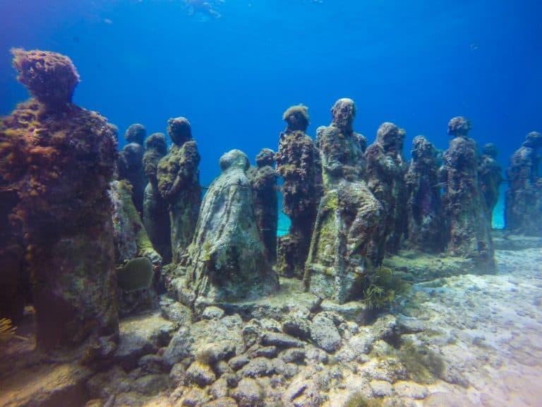 underwater-museum-in-cancun-768x576